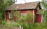 Banvaktstuga i Lessebo, tillhör eventuellt Karlskrona-Växjö Järnväg 2007-07-28