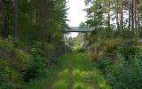 Banvallen och landsvägsbron vid St. Vede 2013-08-19