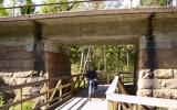Cykelbro under järnvgsbron över Hylteån söder om Hestra 2008,05,24