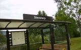 Där Stenstorps station låg finns idag bara en väntkur vid Västra Stambanan 2010-07-05