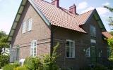 Detta är inte stationshuset i Västraby, det är rivet och var indentiskt med det i Stureholm, 2009-06-26