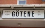 Endast skylten finns kvar av stationen i Götene 2010-07-03