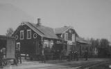 Fotografi av Strömdal station från info-tavla 2017-06-10