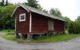 Godsmagasin vid Sparrsätra hållplats 2015-06-24