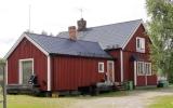 Hedeviken kombinerad hållplats och banvaktstuga 2017-08-15