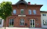 Hörby station, spårsidan 2014-05-30