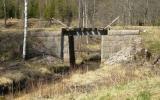 Järnvägsbro över Hulebäcken vid Marielund, norr om Axelfors 2011-04-24