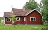 Jakobstorp kombinerad hållplats och banvaktstuga 2019-06-11