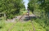 Jerry på dressin på järnvägsbro 2015-07-04