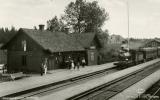 Kinnared station, bilden lånad från banvakt.se, 2019-06-16