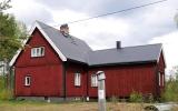 Kvarnbränna kombinerad hållplats och banvaktstuga 2019-06-05