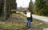 Minnes skylt över Krösnabanan vid Yxnanäs 2008-04-26