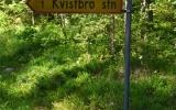 Skylten till Kvistbro rivna hållplats 2014-06-21