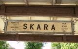 Skylten vid Skara station 2010-07-07