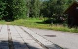 Spår av järnvägen vid Gysinge banvaktstuga 2016-07-03