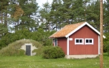 Stenkällaren och uthus vid Dörby 2010-10-02