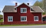 Stora Hultum station 2013-05-17