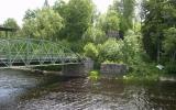 Till höger om gamla landsvägsbron syns brofästet till den rivna Sundsbron 2012-06-22