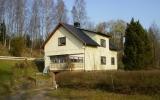 Tjänstebostad för järnvägen i Axelfors 2011-04-22