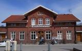 Trollhättan station från gatusidan 2013-05-03