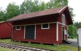 Vid Olster station finns bara godsmagasinet kvar 2013-06-20